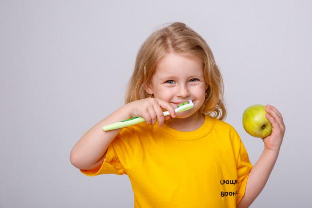 Golosinas sanas para cuidar los dientes en Navidad